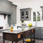 5 Reasons You Should Hire A Pro To Paint Your Kitchen Cabinets