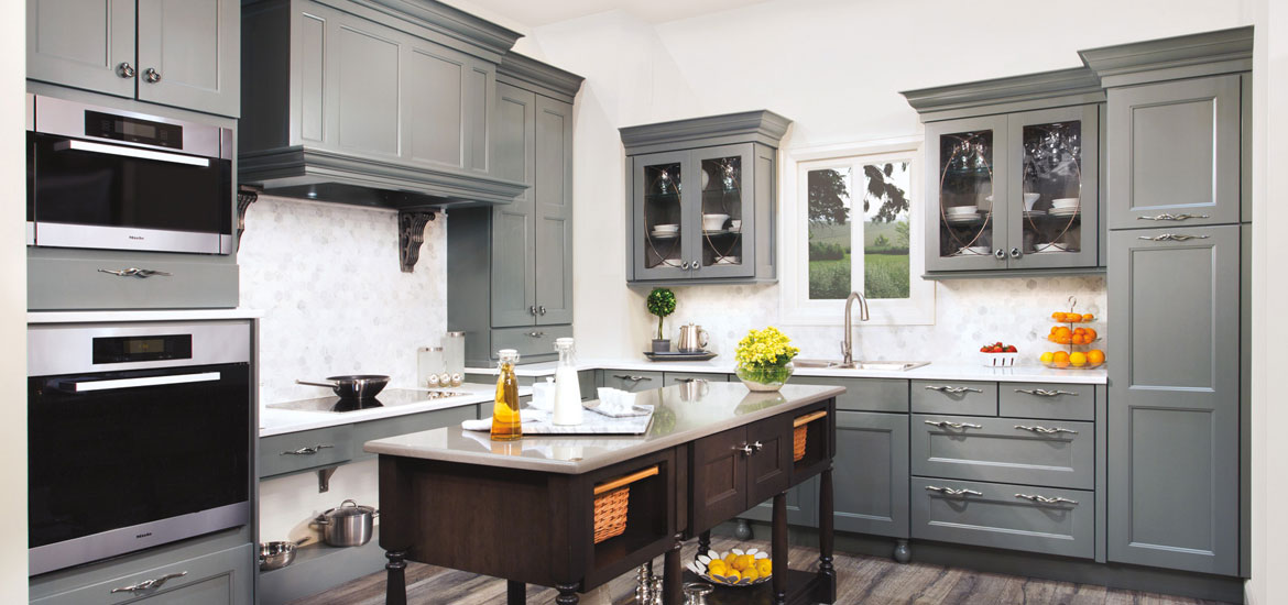 should you line your kitchen cabinets 5 reasons you should hire a pro to paint your kitchen 9291